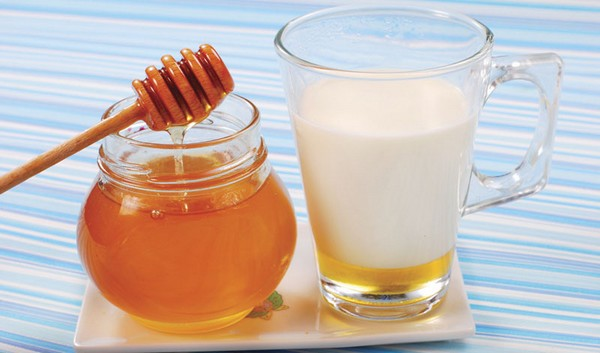 honey benefits with hot water1