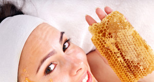 How To Apply Manuka Honey To Your Face