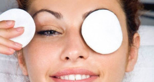 Is Manuka Honey Good For Dark Circles